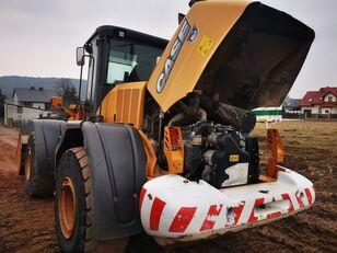 CASE 921 F cargadora de ruedas